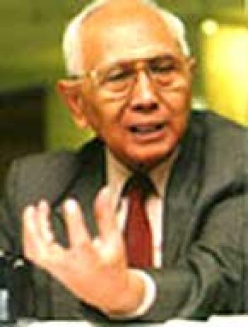 Guru Besar Hukum Tata Negara Fakultas Hukum Universitas Padajdajaran
